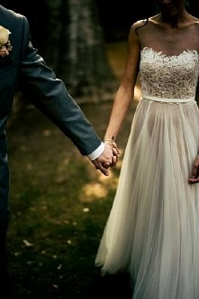 Suknia ślubna, ja preferuję te najprostsze