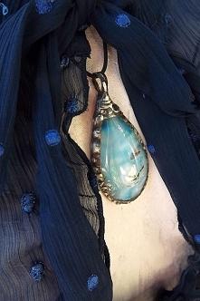 Wisior z agatem. Acoya Jewellery.