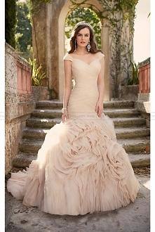 Essense of Australia Portrait Neckline Wedding Dress Style D1932
