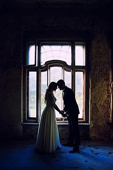 <3 Klimatycznie:) To była wspaniała sesja ślubna!  ->lovefotografia. pl