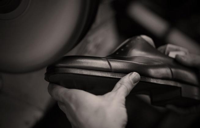 W jaki sposób dbać o buty? Poradnik