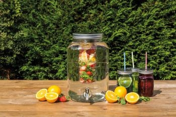 Szklany słój z kranikiem i wkładem na owoce o pojemności 7,5 l - Kitchen Craft