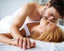 Polacy uważają seks za isto...