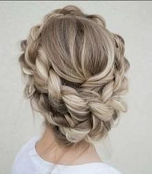 piękny kolor piękna fryzura :)