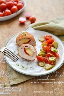 Roladki drobiowe z serem żółtym i papryką