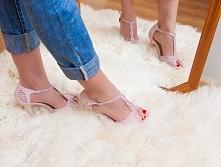 Sexowne sandały na obcasie. Cena 49,90 zł. Dostępne w sklepie Pantofelek24.pl {{klik w obrazek}}