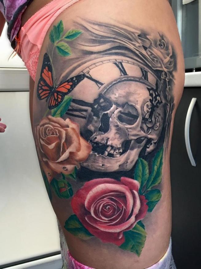czaszka i zegar i róże