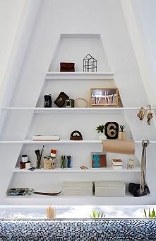 Białe wnętrze biura - zobacz jak wygląda i zainspiruj się! Domowe biuro, biur...