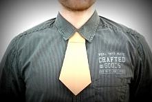 Krawat wykonany techniką origami