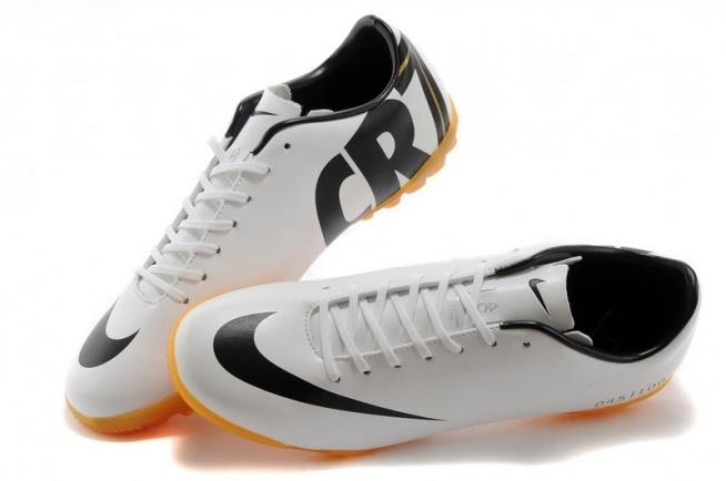nike mercurial vapor cristiano ronaldo 2014 tf white black football boots uk sale