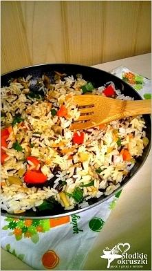 Warzywno-pieczarkowy ryż z patelni. Lekki obiad lub syta kolacja. Przepis po ...