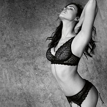 Irina Shayk. Piękne ciało :)