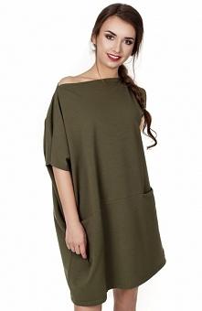 Madnezz MAD105 sukienka khaki Rewelacyjna sukienka, lekko asymetryczna, opadająca na jedno ramię, krój oversize