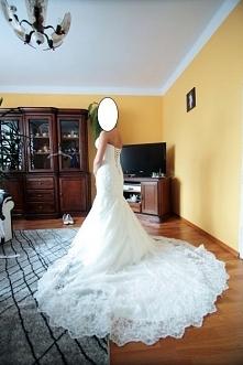 Piękna suknia ślubna do kup...