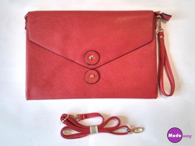 Piękna czerwona kopertówka <3 Idealna na wesele :) Możliwość zamówienia w 4 kolorach :)  Dostępna po kliknięciu w zdjęcie lub na modoway.pl :)