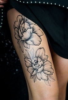 kwiaty tatuaże