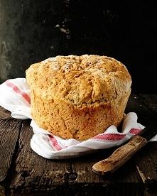 pełnoziarnisty chleb bez wyrabiania