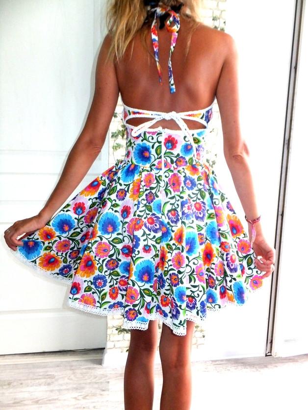 sukienka rozkloszowana boho