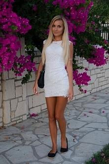 sprzedam sukienkę ze zdjęcia :)  rozmiar xs/s ubrana raz :) 50zl+wysyłka  pyt...