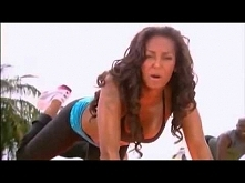 Uwielbiam z nią ćwiczyć :) Mel B - 10 minutowy trening pośladków