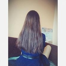 Włosy podcięte :) I wcale nie żałuję, przynajmniej nie mam już brzydkich,przesuszonych końcówek ♥