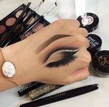 makeup artist XD