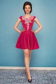 Sukienka rozkloszowana z kw...