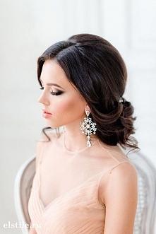 Fryzura i makijaż ślubne