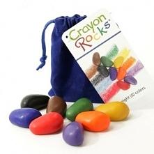 Witajcie, przed nami Weekend:) Będzie kolorowo:)  Kredki Crayon Rocks - Kredki w kształcie kamyczków - 8 Kolorów w aksamitnym, Granatowym Woreczku dla Dzieci od lat 3.   Malują ...