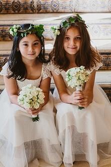 Flower girls czyli druhenki na Waszym ślubie :)  fot. Luma Photo   Więcej na blogu Madame Allure!