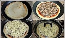 Ekspresowa pizza z patelni SKŁADNIKI Składniki na ciasto: 20g drożdży szczypta cukru 1,5 szklanki mąki pszennej pół szklanki ciepłej wody 2 łyżki oleju 1 łyżeczka soli Na wierzc...
