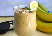 napój kawowo - bananowy Zastąpi kawę i śniadanie, wersja lekka tym razem ;-)      2 szklanki zimnego mleka 150 gramów jogurtu naturalnego 2 - 3 średnie banany 1 - 2 łyżki kawy r...