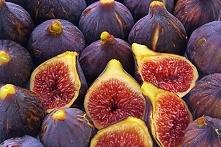 Opalenizna od wewnątrz: Jedzone często  figi,marchew,gruszki i seler sprawia, że skora nabierze brązowego odcienia i nie będzie nadwrażliwa na słońce.