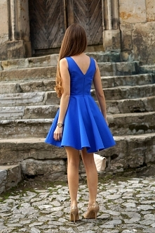 Piękna sukienka z dłuższym tyłem Illuminate <3 <3 <3