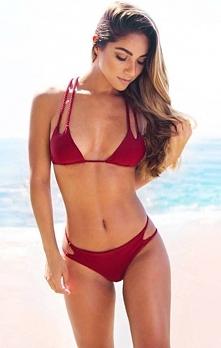 Bordowe bikini