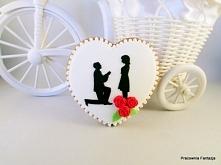 Upominki dla gości weselnych.Ręcznie ozdabiane masą cukrową lub lukrem królewskim.