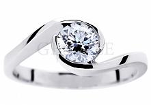 Pełnia blasku! - luksusowy pierścionek zaręczynowy z niezwykłym brylantem o m...