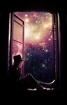Każde okno jest otwarte na wszechświat