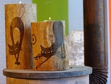 Świeczniki drewniane, wypalane koty- pirografia