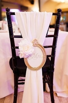 dekoracja krzesła