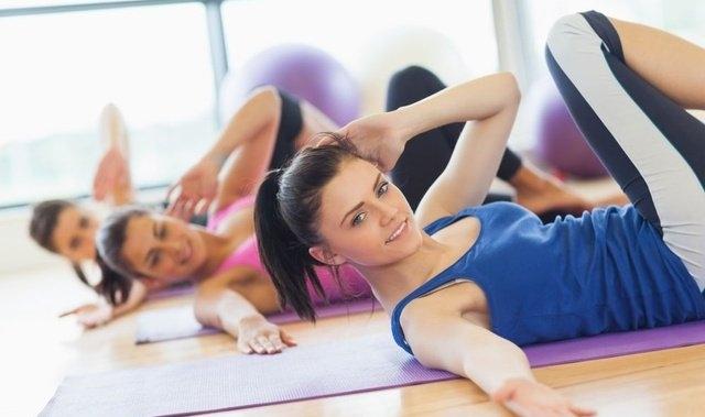 ABS, ABT, TBC, TRX brzmi tajemniczo? Dla was rozszyfrowujemy skróty zajęć fitness.  Zobaczcie Abecadło fitnessu, Teraz idąc na zajęcia będziesz wiedziała dokładnie czego się spodziewać!   *** LepszyTrener.pl najlepsi trenerzy i instruktorzy sportowi w Twoim mieście