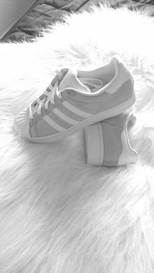 super Star Adidas; *