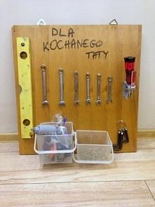 Prezent na dzień ojca - tablica na narzędzia ze starej komody :) Zrobisz ją w godzinę! Zapraszamy!