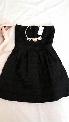 Sprzedam piękną nową sukienkę z PIMKIE ❤