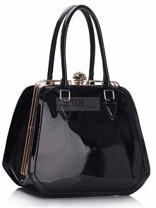 Lakierowana czarna torebka - kuferek