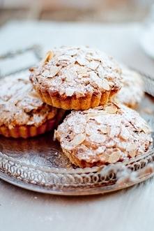 * Apple Bretonne Tartlets *