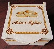 Pudełko na obrączki :) w sk...