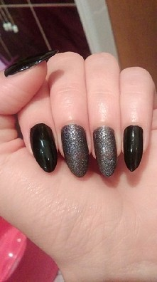Wibo Extreme Nails nr 34, Wibo Wow Glamour Sand nr 6 .