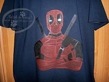 Co dać chłopakowi/bratu/mężowi/kumplowi na prezent? Zamiast kolejnej pary skarpet lepszy będzie t-shirt z namalowanym ręcznie Deadpool'em! ;)   Więcej po KLIKnięciu w zdjęc...