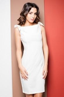 Ołówkowa sukienka na wesele...